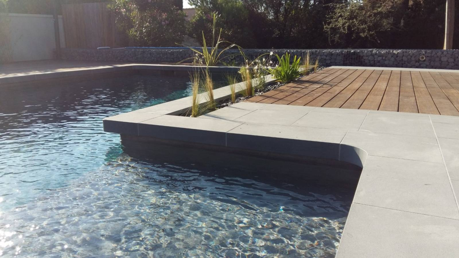 Piscine En Pierre Hors Sol margelles de piscine en pierre naturelle - pierre naturelle